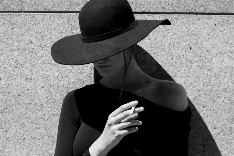 Elegance Elégance Candid Creative Creative Photography Portrait Photography My Best Photo Blackandwhite The Minimalist - 2019 EyeEm Awards The Portraitist - 2019 EyeEm Awards