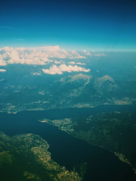 From An Airplane Window Mountains Airplane Shot Lake Saying Good Bye Ending A Trip From Vienna To Milan
