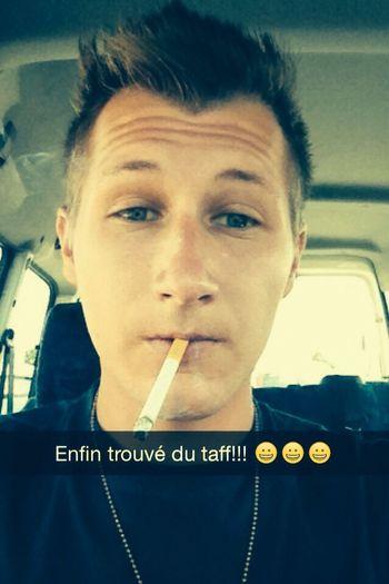 Tout est dis ? Selfie Cigarette  In The Car Blond
