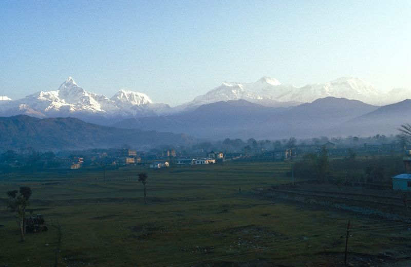 "1987 old analogue phtograpy of the Pokhara valley at sunrise, with Annapurna mountain ranhe and ""Fishtail"" Machapuchare (6.997 m) Analogue Photograhy Anapurna Massiv Beauty In Nature Gandalf-Tal Landscape_photography Mountain Mountain Range Nature Nepal 1987 No People Old Photos With History Pokhara Valley Pokhara, Nepal Scenics Travel Destinations Travel Photography"