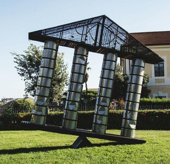 Arte Baskets Of Washing Machine Expressive Sculpture Bioparco Catanzaro