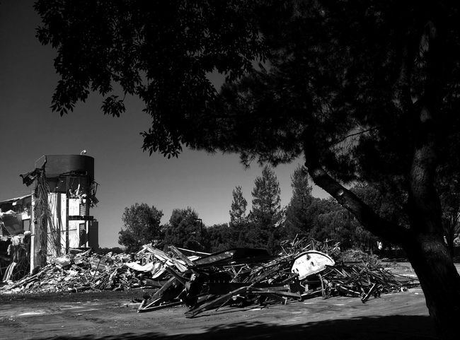 Can you spot the face? Demolition Demolition Zone Empty Building Office Building Monochrome Blackandwhite Black And White Hidden Face
