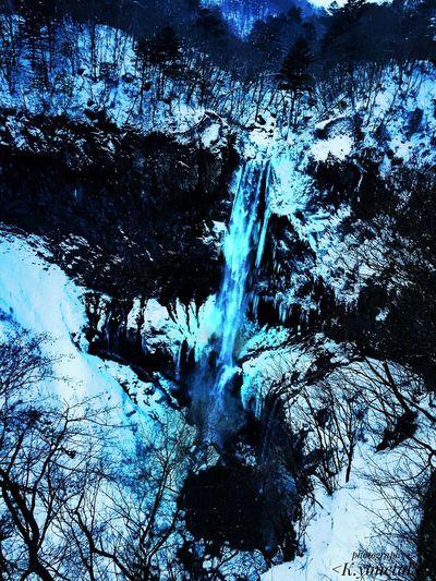 冬滝❄️🌊 Waterfall Water Snow Ice Nature Nature_collection Beauty In Nature Cold 滝 冬 雪 自然 氷 Japan Tochigi Nikko Kegonwaterfall 日本 栃木 日光 華厳の滝 ファインダー越しの私の世界