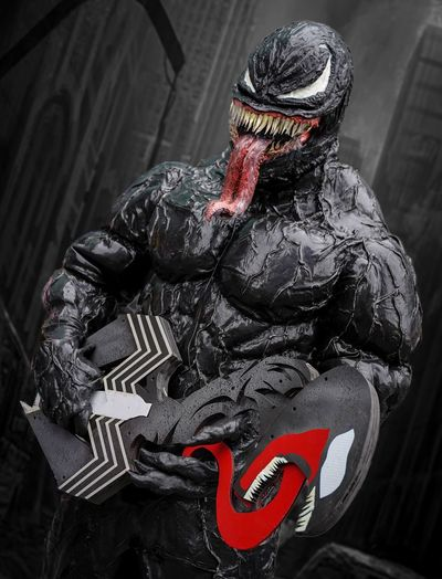 Venom Cosplayer Cosplay Nycc2018 NYCC Venom Representation People Black Color Red Art And Craft Close-up Creativity Focus On Foreground Mask Bizarre Unrecognizable Person