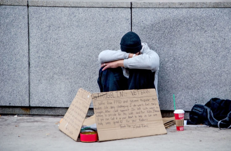 a struggling veteran begs for help on the streets of Chicago USA Chicago Illinois Depression - Sadness Ptsd Begging USA Adult City Day Depressed Editorial  Full Length Helpme Homeless Military Male Men Outdoors People Sad Sidewalk Signboard Street Street Living Struggling Veteran Young Adult Stories From The City The Photojournalist - 2018 EyeEm Awards