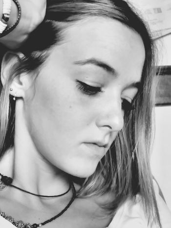 Young Adult Person Close-up Young Women Porto Day Check This Out September2016 Mind Wondering Indoors  Daylight Photography Expression Artistique
