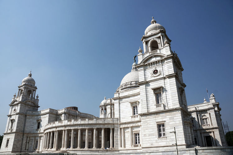 Building Exterior Architecture Built Structure Low Angle View Building Sky Religion Place Of Worship Tower Clear Sky Spirituality Travel Destinations Belief Nature No People Day History The Past Outdoors Victoria Memorial Kolkata