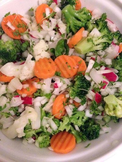 Mixed Vegetables Radish Broccoli Carottes