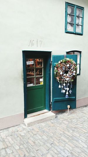 Built Structure Door Building Exterior Christmas Decoration Tourism Travel Destinations Praga Republica Checa