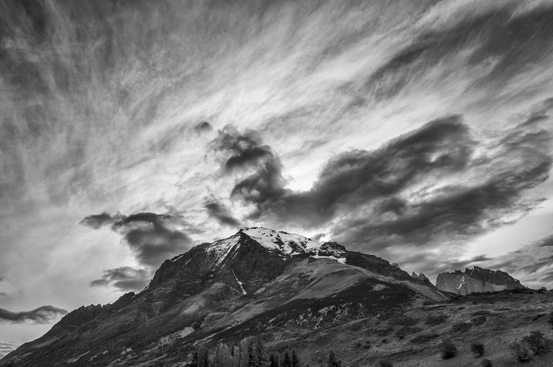 Cerro Almirante Nieto, Parque Nacional Torres del Paine 🇨🇱 Patagonia Torres Del Paine Magallanes Region Southamerica Mountains Mountains And Sky Mountain Range Mountain View Mountainscape Mountain Peak Outdoor Outdoors Outdoor Photography Trekking Hiking Hike National Park Nationalpark Landscape_Collection Landscape Landscape_photography Blackandwhite Blancoynegro Bnw Bnw_collection Chile Southamerica Mountain Sky Cloud - Sky