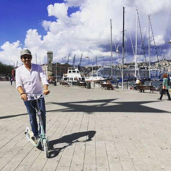 Monopattino al di vita Transportation Full Length Casual Clothing Mode Of Transport One Person Real People Outdoors Sky Day Nautical Vessel Lifestyles Monopattino Sea And Sky