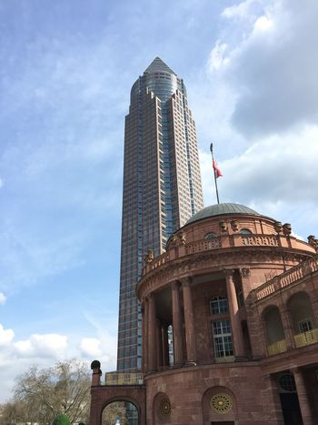 Messeturm Frankfurt Am Main Frankfurt's Life Festhalle  Festhallefrankfurt Built Structure No Filter, No Edit, Just Photography ShotOniPhone6 Showcase April Gebäude Building Sky Skyporn Frankfurt Messe Frankfurt