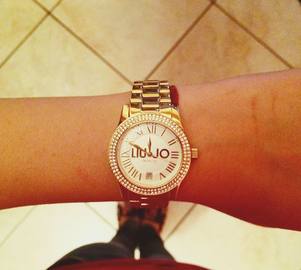 Liu•Jo Luxury Infinity Gold Accessories ❤ Present of my love💏