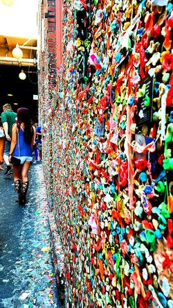 Color Palette Colorsplash Sexy Girl Gum Wall Taking Photos Hello World Check This Out EyeEm Gallery Eyeemphoto Best Of EyeEm Post Alley BYOPaper! Street Photography Seattle, Washington Yesterday ❤ The Street Photographer - 2017 EyeEm Awards