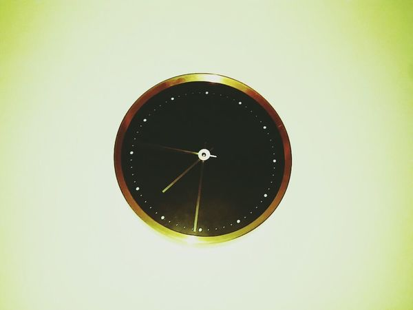 El tiempo vuela Time Cloock Night Tomorrow