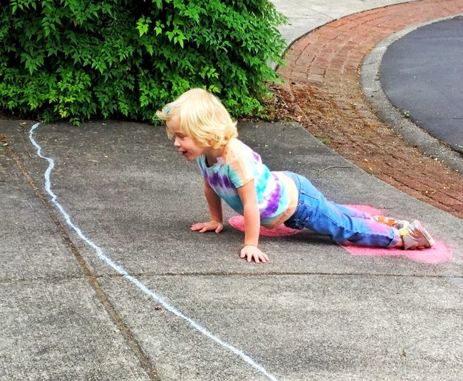 Not exercise -- chalk rolling 13048553