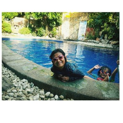 swimming is fun ?? Tagaytay Parentsanniversary Superlatepost