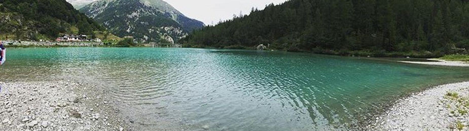 Acquacristallina Paesaggio Passeggiando Montagna