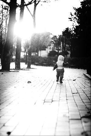 Rustling Kid Run Monochrome @korea seoul nung-dong @Canon eos m / 85mm f1.8