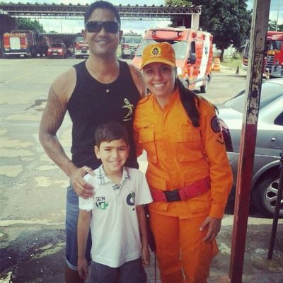 Meu filhote conheceu uma das melhores de Bravo 3: @nataliacbmdf !!!