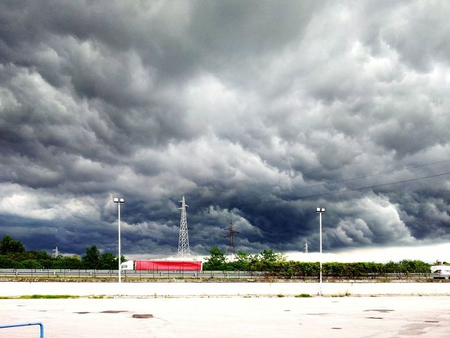 Stormy Weather Storm Cloud Storm Clouds Sky Thunderstorm Storm Edge Of The World WheaterPro: Your Perfect Wheater Shot Wheather Badwheater Wheater Wheaterpro WeatherPro: Your Perfect Weather Shot My Best Photo 2015