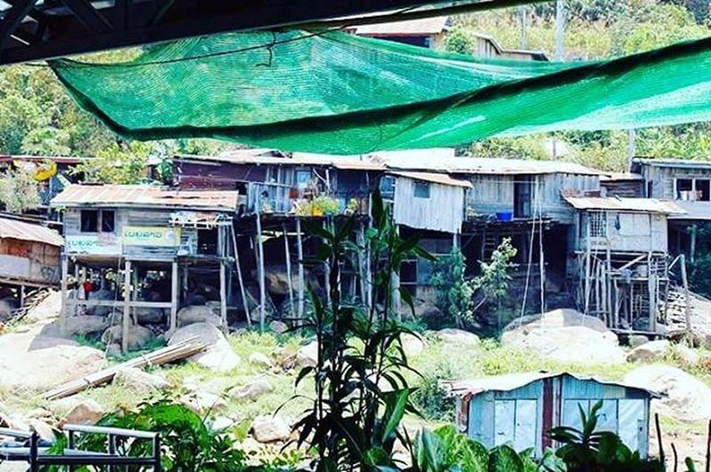 Namgnum Vientianeprovince Shack Shantytown Woodenhouse Poverty Laospdr Southeastasia Lifeasiseeit Johnnelson