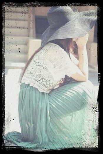 CropTop Longskirt Hat Sunny Day