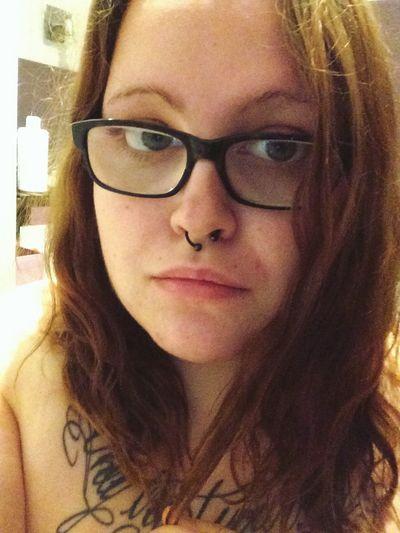 Brunette Selfie ✌ Ungeschminkt