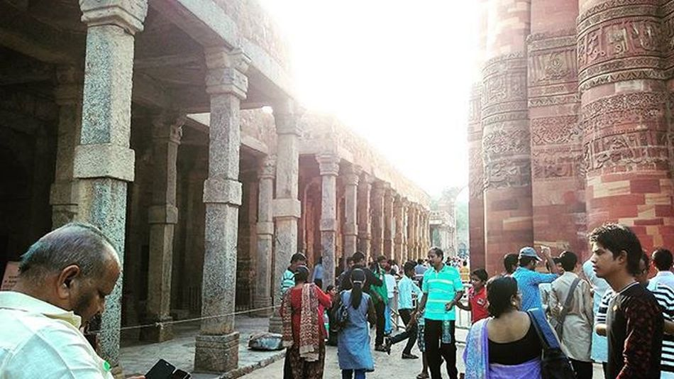 Pillars Impressive India QutubMinar Delhi Carved Stone Ancienthistory Architecture Touristspots Foundations Heritage Hotday