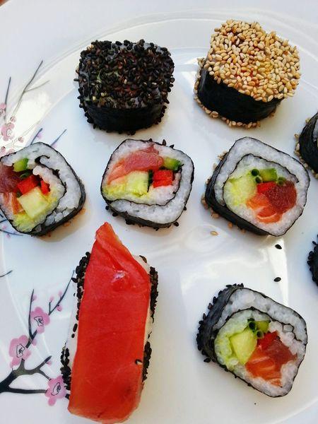 Hansolo@bluewin.ch .. sushis maison😍