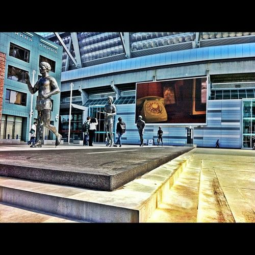 Downtown Vancouver TerryFox Memorial canadianhero bcplace