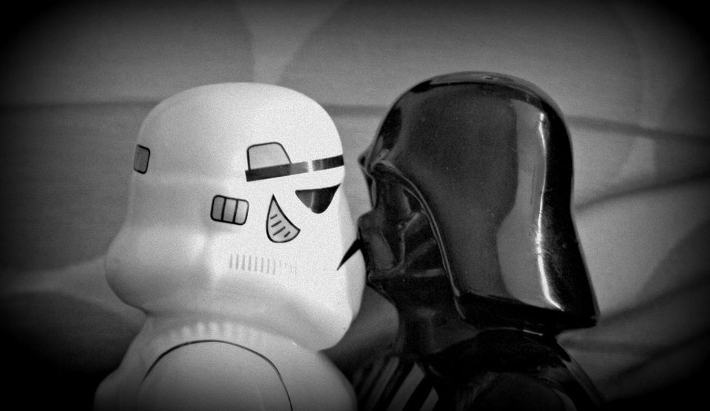 Space Kiss Darth Vader Death Star Kiss Star Wars Stormtrooper Abstract Black And White Salt And Pepper Shakers Science Fiction Space