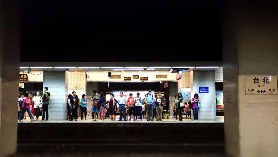 好久沒有搭火車 City 車站 EDP。P