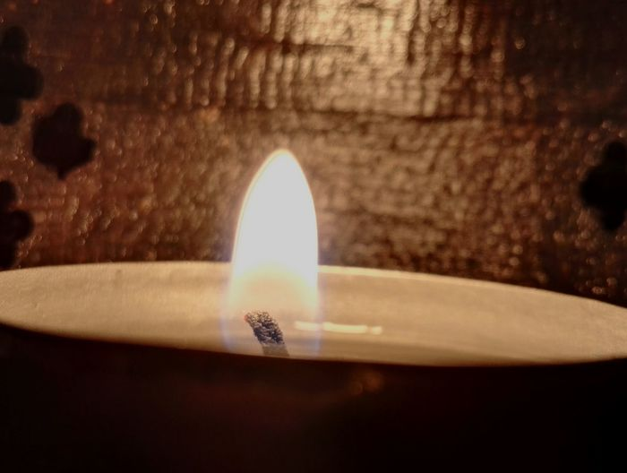 Flame Heat - Temperature Candle Burning Close-up Essentials Oil SPIRITUAL HEALING Flame Healing Calmness Within Three Elements Balanced Living Balance Your World Meditating & Breathing Meditation Zen