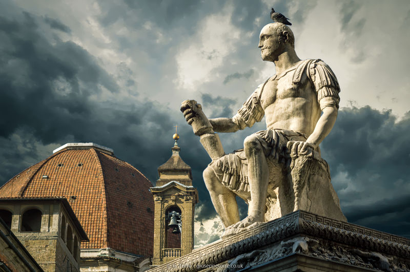 EyeEm Selects Florence Statue Cloud - Sky Sculpture Travel Destinations Architecture History Outdoors Sky Day No People City Architecture Italy Italia Europe European
