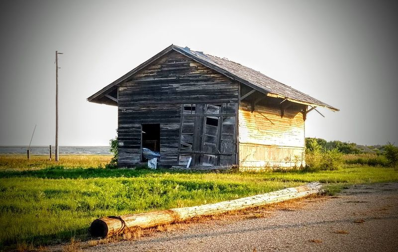 Abandoned But Not Forgoten Abandoned And Beautiful Abandoned Abandoned Buildings Abandoned House Old Ruin Old Buildings Old House South Dakota Agriculture Rural Scene Sky Architecture Building Exterior Built Structure Grass