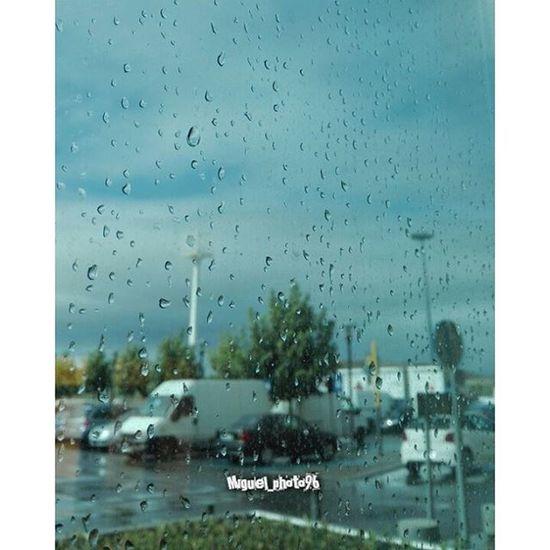 Lluvia desde La Gavia Centrocomercial Rain Lagavia Vallecas Rain Lluvia Gotas Glass Drops sky Tormenta rainy Shops goodtimes dailypic dailypicture photodaily bestoftheday instadaily instaagood instalike awesome instamood like tagsforlikes Followme