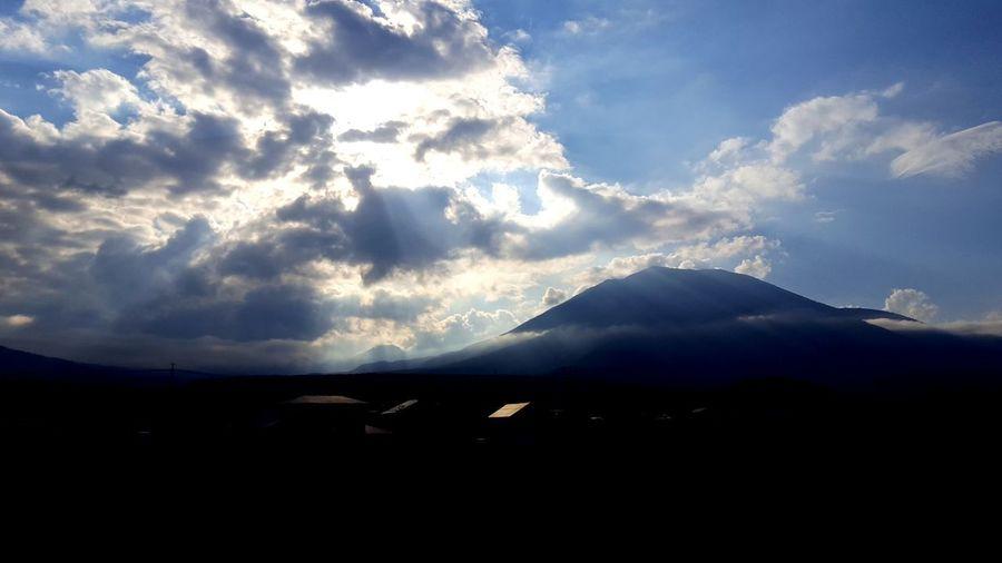 ドライブ 黒姫山 長野県 山 空 光と影 風景 Light And Shadow Japan Nagano Volcano Mountain Cloud - Sky Landscape Nature Volcanic Landscape Scenics Sky Beauty In Nature Outdoors No People Power In Nature