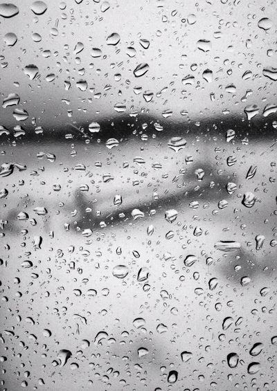 Winter Rain - iPhone 4S Rainy Days Shootermag Blackandwhite AMPt_community