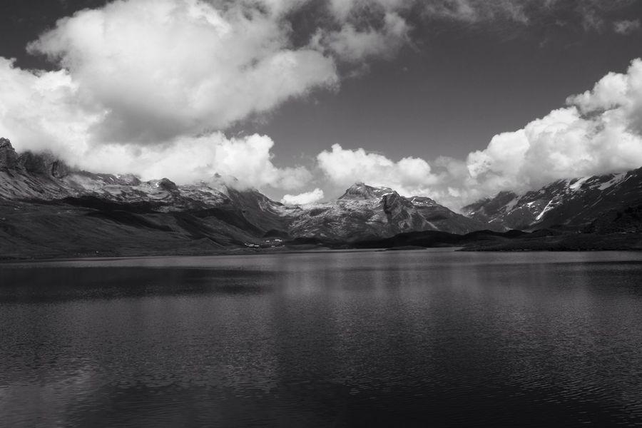 Black Withe Mountains Schwarz Weiß Blackandwhite Mountains Swissalps Lake Melchsee Frutt Natur