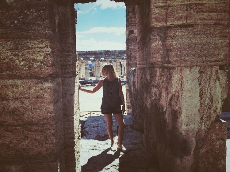 The rule of ruins Ruin Walking Around Classic Culture History Old But Awesome Historical Building Historical Place Historical Site Paestum Potrait Of Woman LINE The Essence Of Summer Traveling The Tourist Photography EyeEm Gallery