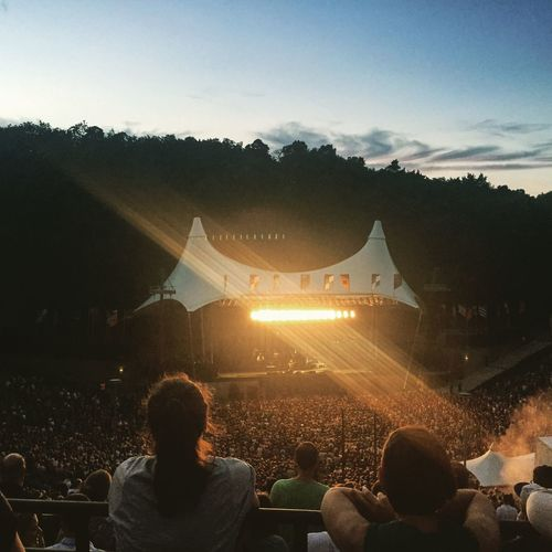 Best venue in town! Waiting for Mumford & Sons to enter stage! ❤️❤ Berlin Mumfordandsons Light Awesome Capture The Moment