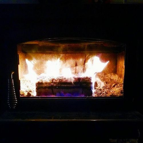 I'm enjoying a nice Warm Woodstove Fire . Childhoodmemories Goodmemories GoodTimes Cozy Comfy  Cellphonephotography Pixlromatic Pictureoftheday Picoftheday Photooftheday Portorchardwashington Droidmaxx