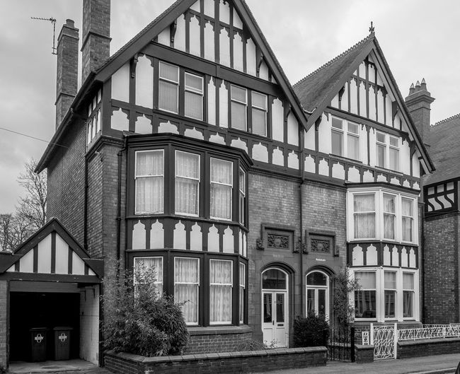 Edwardian houses, Elsee Road, Rugby, Warwickshire Edwardian Monochrome Warwickshire Rugbytown FUJIFILM X-T10 Rugby Black And White Architecture