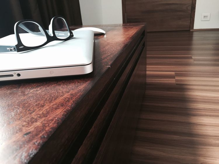 Interior Views Wooden Trunk Wooden Box Wooden Floor Wooden Trunk Wooden Desk My Desk My Desk At Home RayBans® Wayfarers MacBook Pro Magic Mouse Showcase March Check This Out Hello World Hi! Taking Photos IPhone IPhone Photography Iphone 6 Iphonephotography IPhoneography Popular Photo Popular Photos