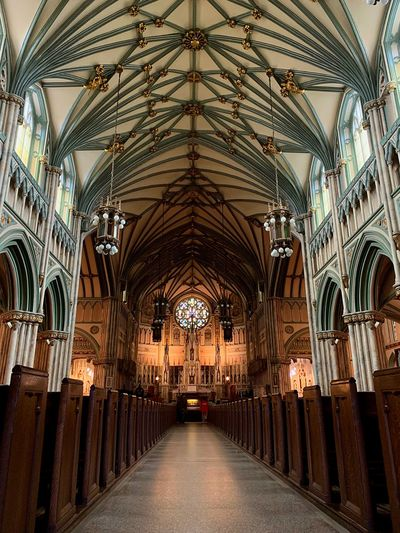 's Basilica Architecture Arch Indoors  Built Structure Building Ceiling No People Spirituality Ornate Travel Destinations