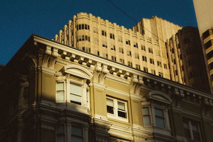 Travel Destinations Downtown District Building Exterior Business Finance And Industry Art Is Everywhere Built Structure Architecture Low Angle View Window History Façade No People Day Outdoors Sky Break The Mold TCPM EyeEmNewHere Live For The Story The Architect - 2017 EyeEm Awards
