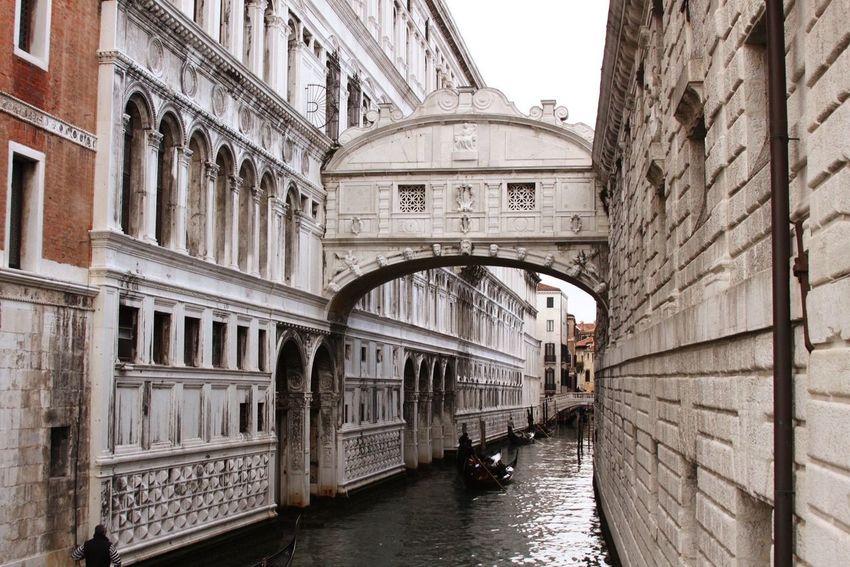 Venezia Puente De Los Suspiros