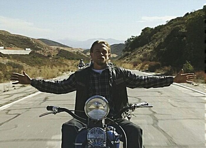 We are all faced with terrible choices, We are forgetting who we are true, The past confuses the bad throught, But the truth always finish we purified. Sonsofanarchy Jaxteller Redwoodoriginal Menofmayhem