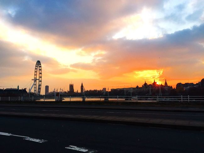 London on Fire - Sky View Waterloobridge LondonEye Clouds Sunset